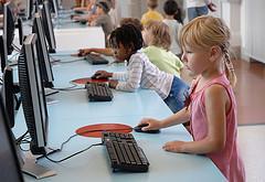 Справочник по детской безопасности в Интернете